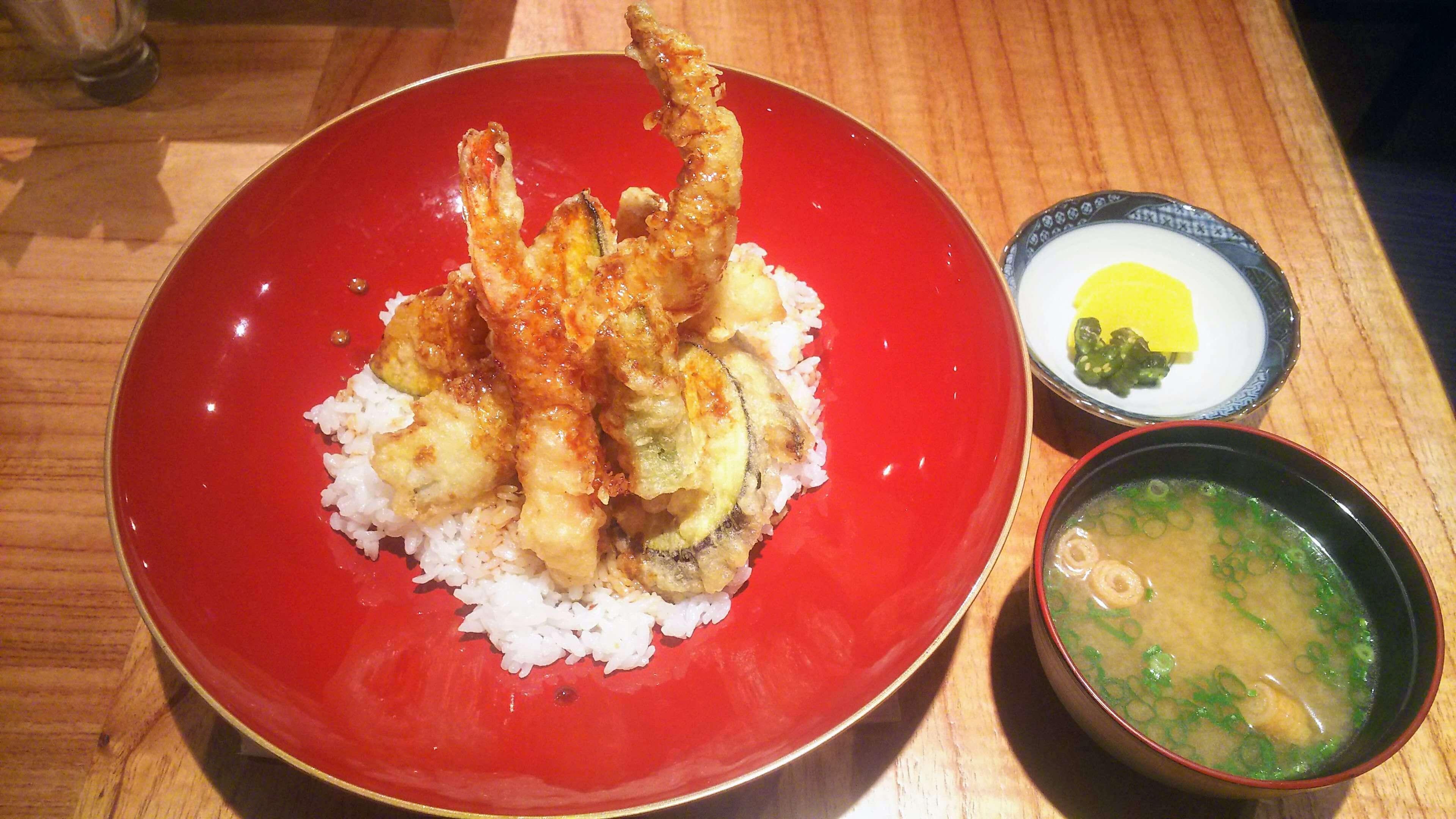 オサカナノヒ天丼3