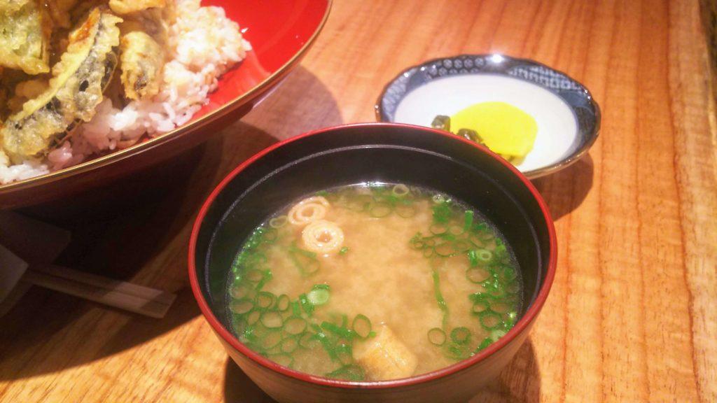 オサカナノヒ天丼4