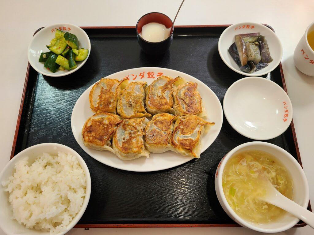 パンダ焼餃子定食